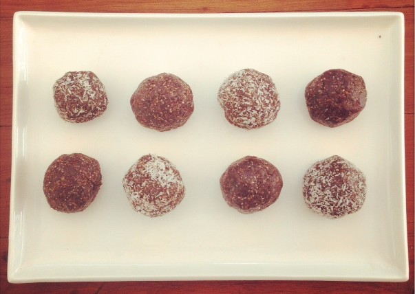 Chocolatey Superfood Protein Balls